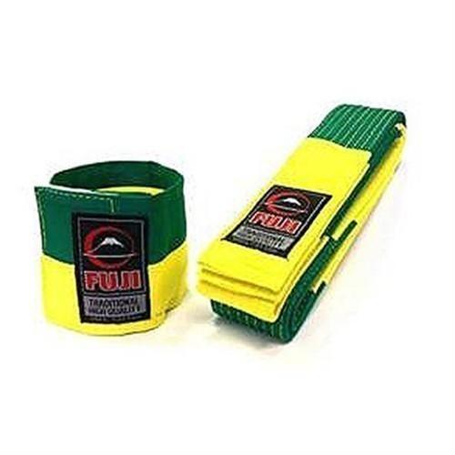Fuji BJJ Balte for tavling inkl vristband for domaren gron gul
