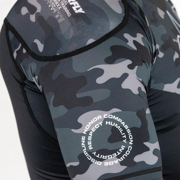 Hyperfly x One FC Rashguard Short Sleeve black camo 4