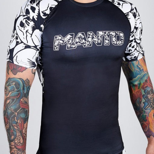 Manto Rashguard Skulls 1