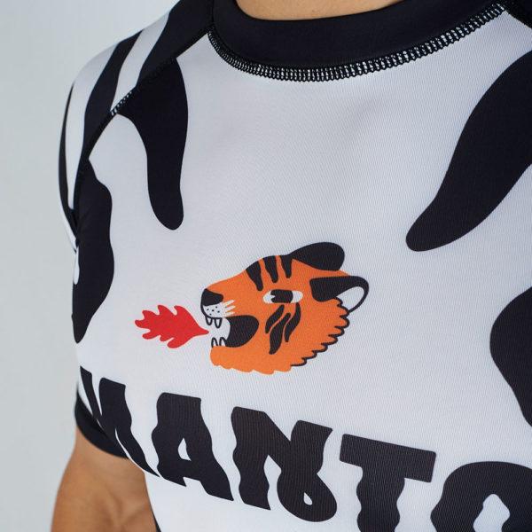 Manto Rashguard Tigre 3