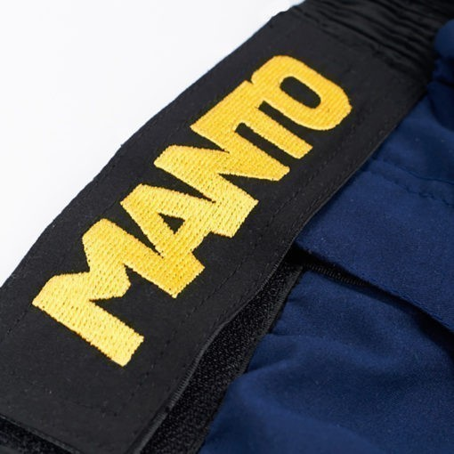 Manto Shorts Emblem navy 4