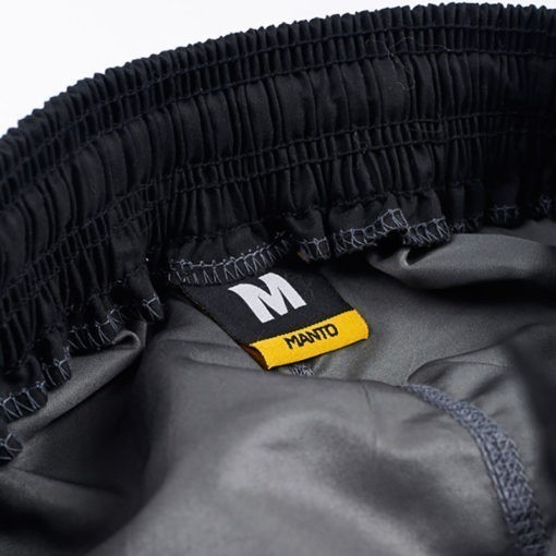 Manto Shorts Emblem svart gra 3