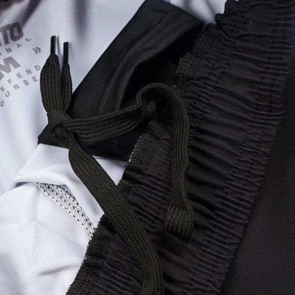 Manto Shorts Essential 5