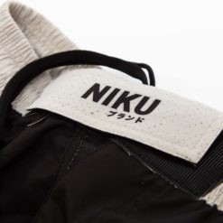 Niku Shorts Roll Light 7