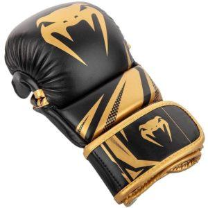 Venum MMA Sparringhandskar Challenger 3 0 svart guld 2