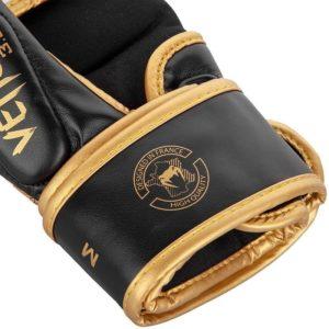 Venum MMA Sparringhandskar Challenger 3 0 vit svart guld 5