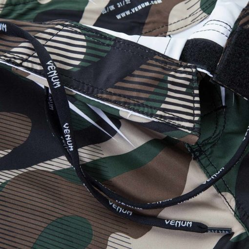 Venum Shorts Camo Hero 9