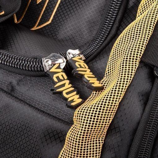 Venum Trainer Lite Sport Bag svart guld 5