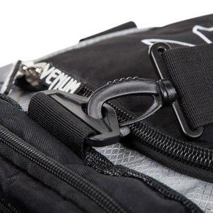 Venum Trainer Lite Sport Bag svart vit 3